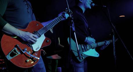 Three Guitaros by itharu