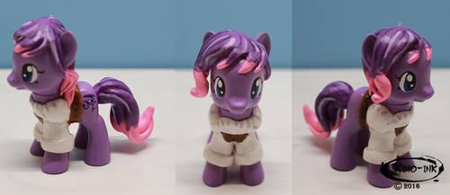 Lady-Ra Pony (OOAK) by Kino-Ink
