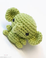 Green Elephant 3 by tinyowlknits