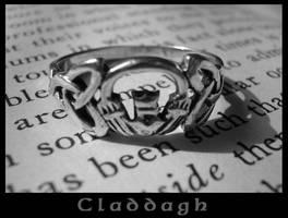 Claddagh by FusciaDiamond