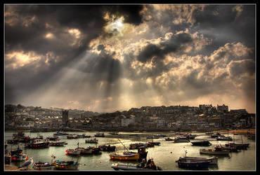St. Ives Skies by didumdidum