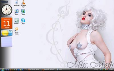 Miss Mosh by Pyro-Chik