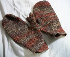 Mottled Mittens by Flashgriffin