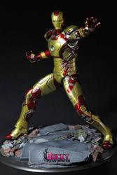 Iron Man mk 42 by Becky-Customizer