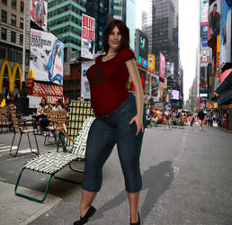 MocPac's Kristen - Plus-Sized by MattBrewer