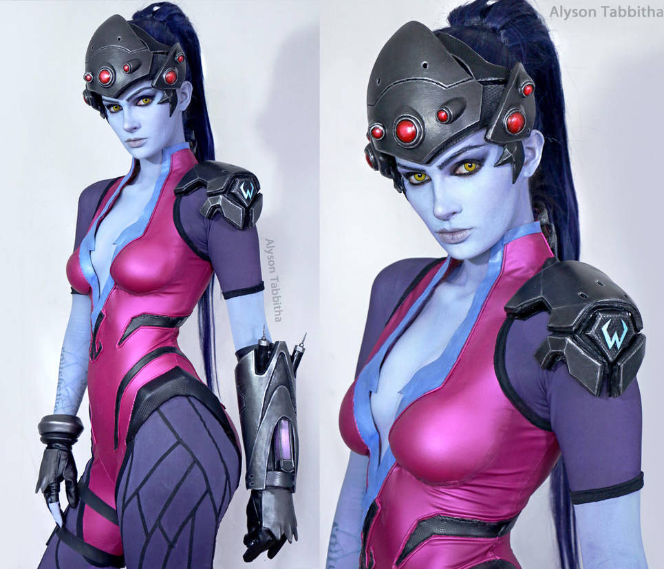 Overwatch: Widowmaker cosplay by Alyson Tabbitha