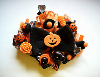 Pumpkin Witch Brooch by RibbonsandClay