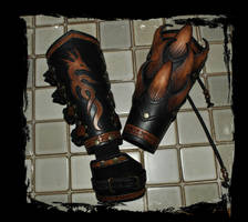 bracers leather armor by Lagueuse
