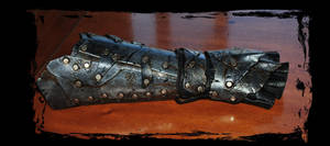 orc leather bracer by Lagueuse