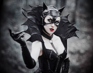 Gothic Catwomen - [COSPLAY] (2) by AliceYuric