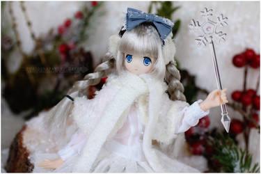 Snow fairy by sherimi