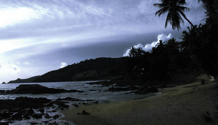 Pa -Tong Bay by Callu