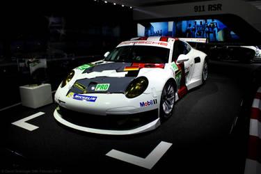 Porsche 911 RSR 2013 by DavidGrieninger