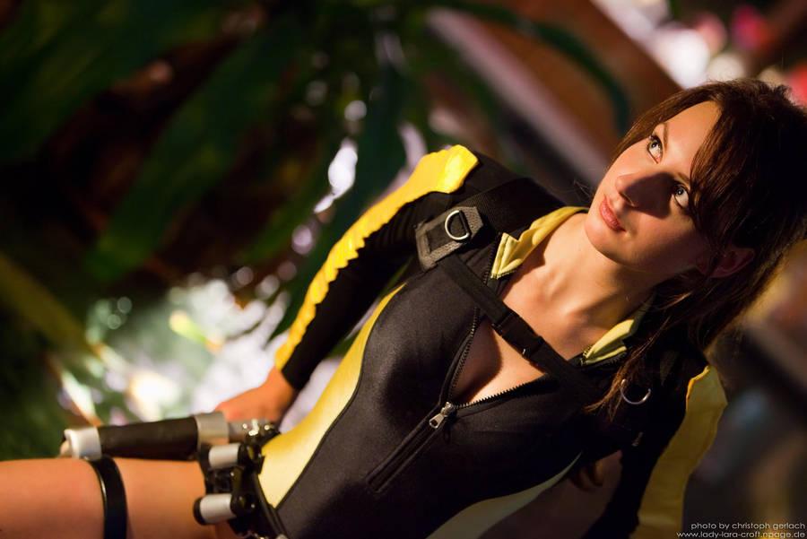 Lara Croft - Wetsuit - 03 by Lena-Lara