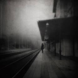 Fragmente der Einsamkeit by Woman-of-DarkDesires