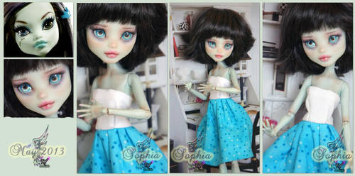 MH Frankie repaint #10 ~Sophia~ by RogueLively