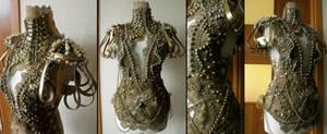 golden corset by AgnieszkaOsipa