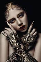 gold pearl by AgnieszkaOsipa