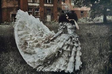 dancing barefoot (costume) by AgnieszkaOsipa