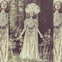 Madonna by AgnieszkaOsipa