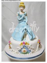 Cinderella Cake by dragonflydoces