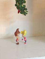 Jimmy and Cindy under the mistletoe by Darthranner83