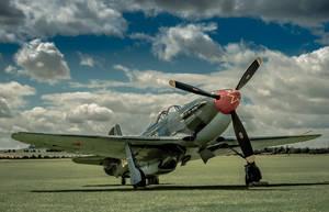 Yak-9 by vipmig