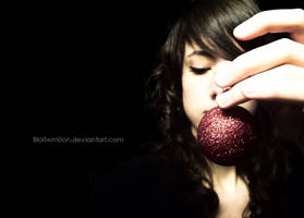 O h . Christmas Ball by Blo0wm0on