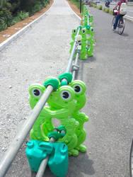 frog by SukunaYuh