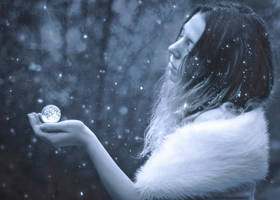 Winter Orb by Lorelyne