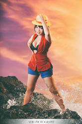 Monkey D. Luffy ~Female ver~ (One Piece) by hellsign