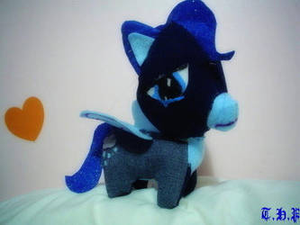 Contest Entry: Feeling Blue by xTwistedHeartPlushX