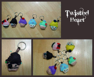 cute n' creepy cupcake keychains by xTwistedHeartPlushX