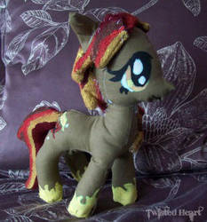 Contest Entry: Fall/Autumn pony by xTwistedHeartPlushX