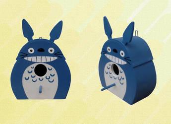 Birdbox Totoro by Raxfox