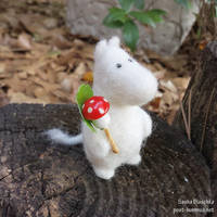 Moomin + Mushroom by post-hummus