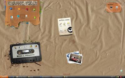 My Desktop by onur9k