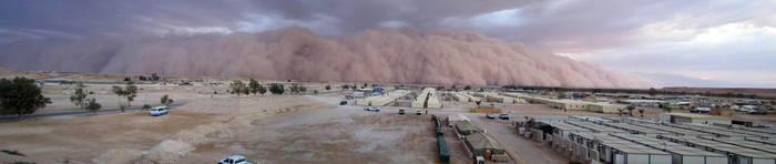 Sandstorm in Iraq April 2005 by ogrebear