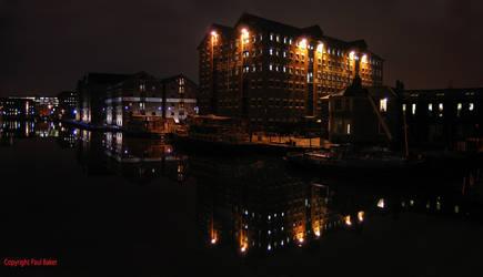 Gloucester Docks at Night by ogrebear
