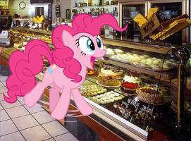PINKIE! by jackfrostcat