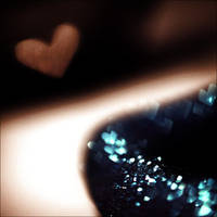 sparkly love. by Camiloo