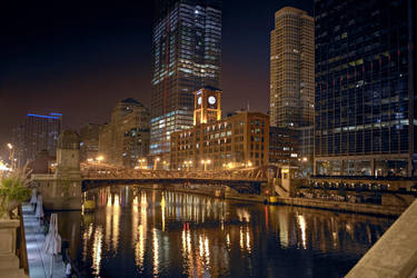 Chicago River HDR2 by delobbo