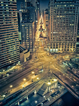 looking South on Wabash Ave from Trump Tower by delobbo