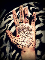 Hand Doodles by KateAnnexTerrasochi