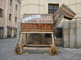 Trojan horse for sale by Zouberi
