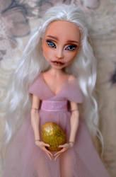 Daenerys Targarien inspired doll by Katalin89