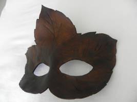 Autumn leaf Mask by Polymnia88