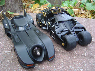 2 Batmobiles s1-01 by Sonic-CDX