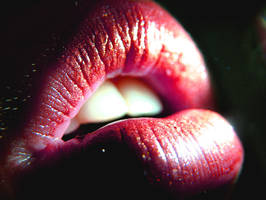 Glamour lips by freedomflighter