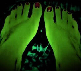 Were_Hulk : Feet POV by makeupdown